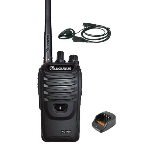 Wouxun KG-968 UHF portofoons IP66 10Watt met D-shape oortje