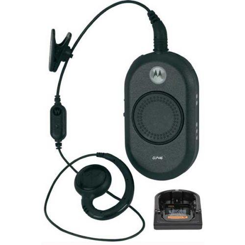 Motorola CLP446 Mini Portofoon met headset en tafel lader