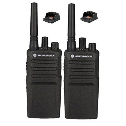 Set van 2 Motorola XT420 UHF IP55 PMR446 Portofoon met laders