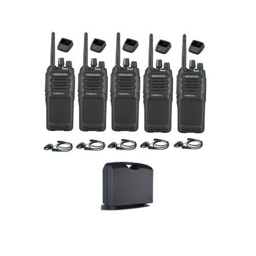 Set van 5 Kenwood TK-3701D met d-shape headset, koffer en tafellader