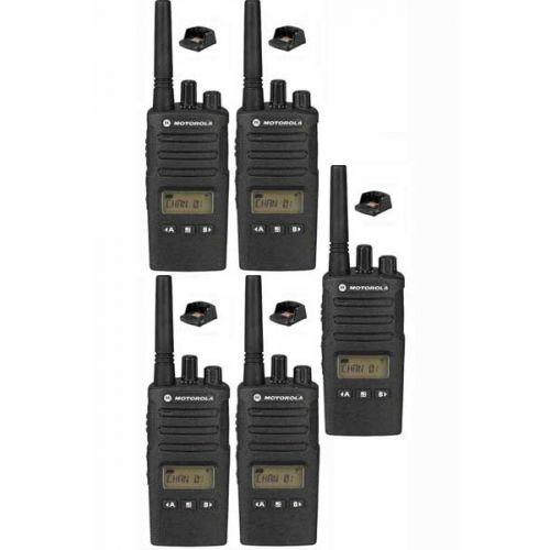Set van 5 Motorola XT460 IP55 PMR446 Portofoon met tafellader